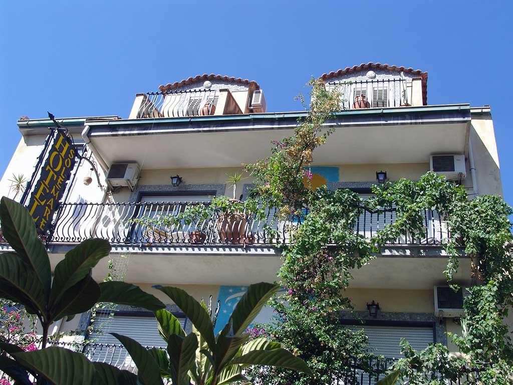 B b sole mare giardini naxos bed and breakfast sicilia - B b giardini naxos economici ...